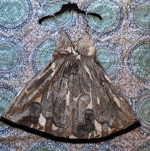 Cute black & white paisley dress